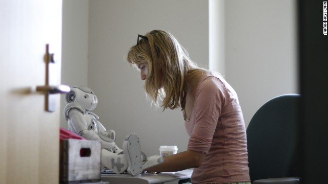 Heather Knight, who specializes in social robotics, sees the robot Data as a way of investigating her area of study.