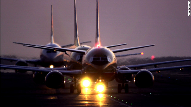 U.S. airlines decreased rates of mishandled bags and bumped passengers in 2011.