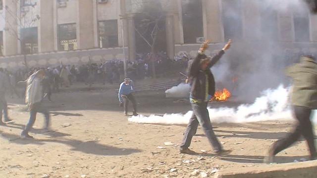 pkg wedeman egypt clashes continue_00000023