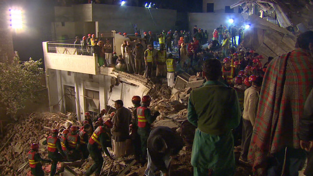 Fatalities in Pakistan factory collapse