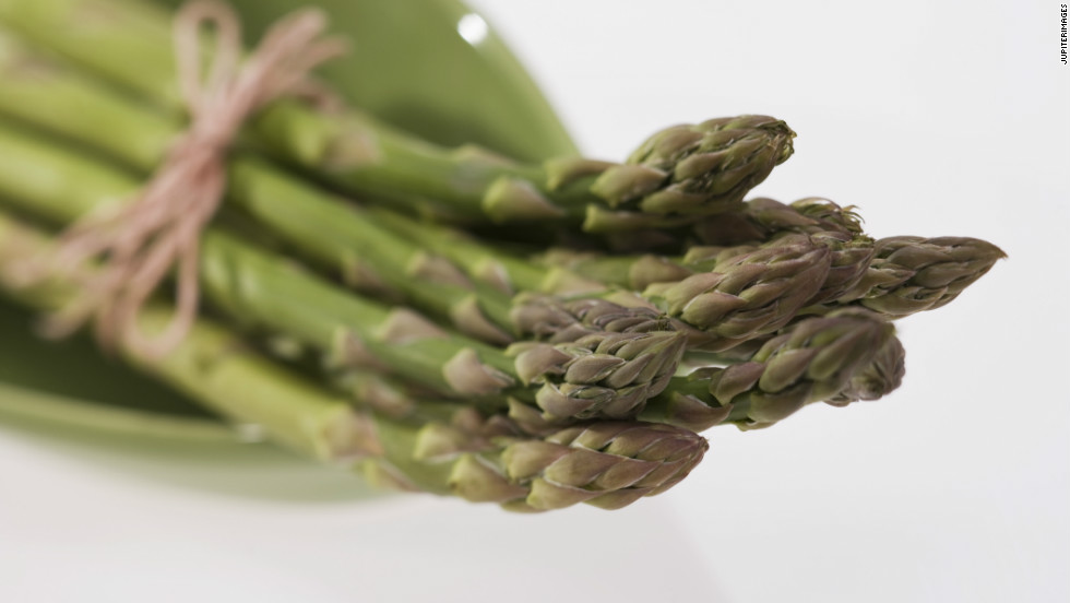 "Asparagus is one of the best veggie sources of folate, a B vitamin that could help keep you out of a mental slump. ""Folate is important for the synthesis of the neurotransmitters dopamine, serotonin and norepinephrine,"" said David Mischoulon, associate professor of psychiatry at Harvard Medical School. All of these are crucial for mood."