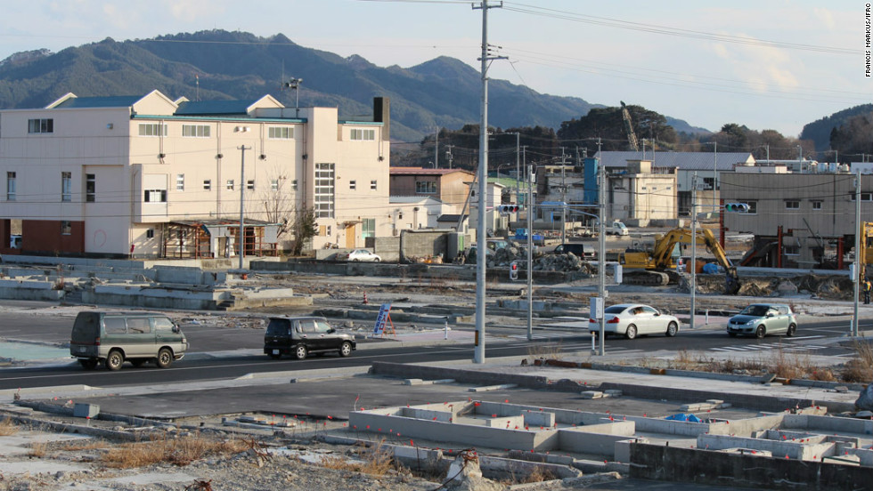 A significant number of people are selling up and moving away from towns like Yamada because they can't find jobs. But some want to return to help the towns recover.