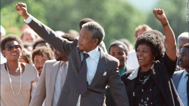 1990: Mandela released from prison