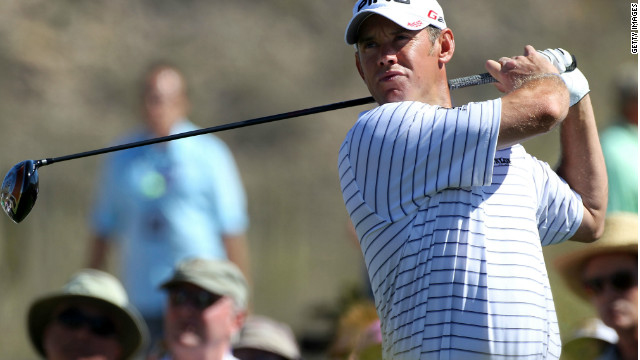 Lee Westwood continued his impressive form in Arizona with a 3&2 win over Nick Watney.