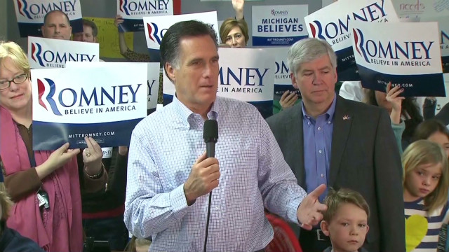 Romney: Santorum campaign 'desperate'