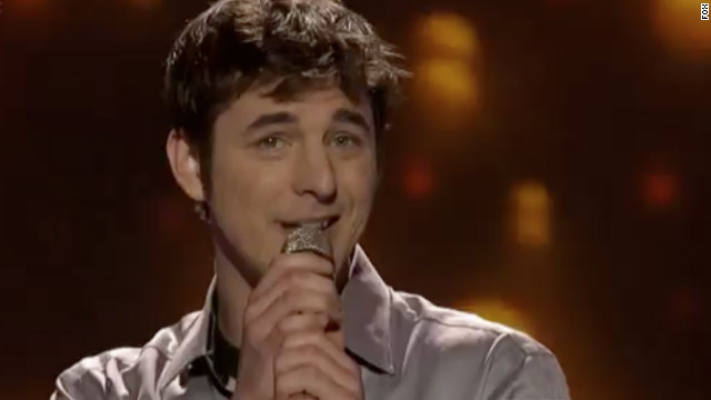 """Reed Grimm sings a jazzy rendition of Maroon 5's """"Moves Like Jagger."""""""