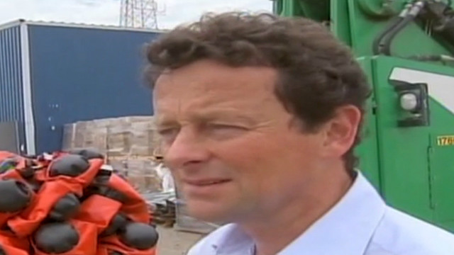 head of bp discusses cleanup efforts