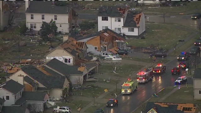 Houses flattened in Michigan tornado