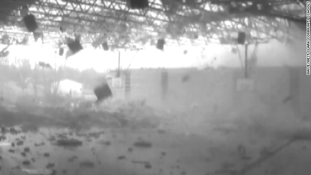 EF4 tornado destroys school on camera