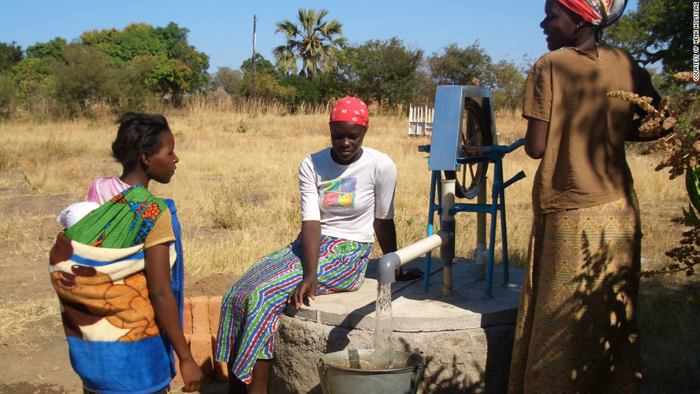 """There are now over 30.000 rope pumps in Africa and over 90.000 installed in Nicaragua according to <a href=""""http://www.connectinternational.nl/"""" target=""""_blank"""">Connect International</a>."""