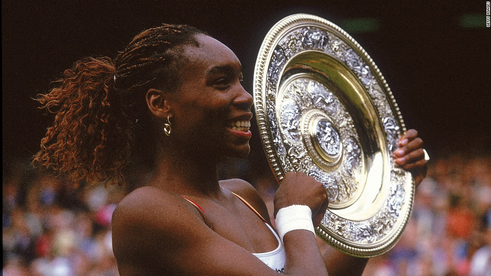Williams' first grand slam singles title arrived in 2000, when she defeated Hingis after beating Serena in the semifinals. She claimed that year's doubles crown at the All England Club alongside Serena.