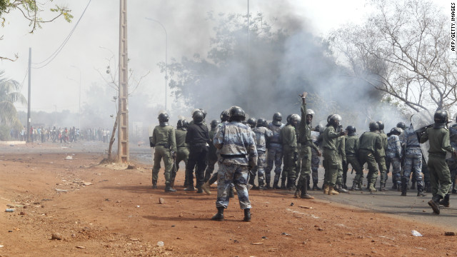 Malian security forces clash with Tuareg supporters in Bamako on February 2.