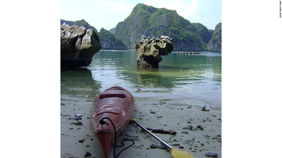 A short kayak trip from a tourist boat anchored in Halong Bay takes visitors to Tiger Beach, home to a popular sport climbing wall. Kayaking is a great way to get a view of the bay, but beware of the tides.
