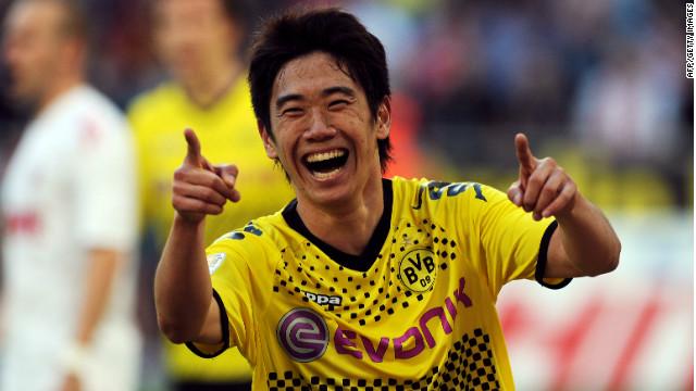 Shinji Kagawa was the star performer as Borussia Dortmund thrashed Cologne 6-1.