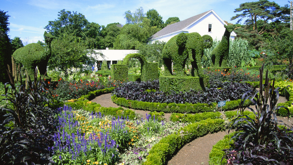 America 39 s most beautiful home and garden tours for Beautiful home gardens