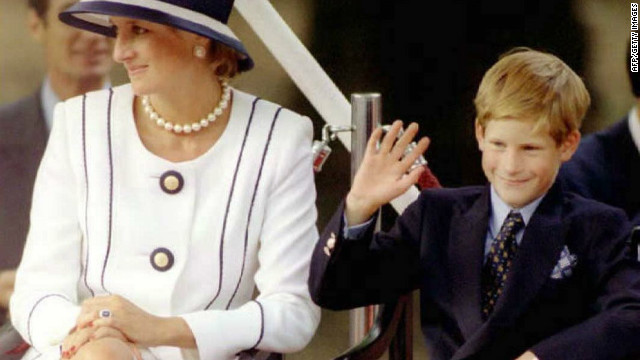9 Aug 1995 Princess Diana(L) and her son Harry(R) watch veterans as they march past a dais on the Mall as part of the commemorations of VJ Day 19 August.