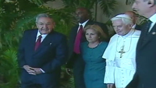 Pope Benedict XVI meets with Raul Castro