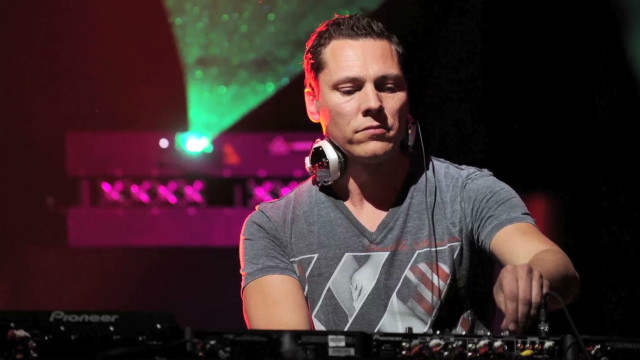 Tiesto talks eletronic dance revolution