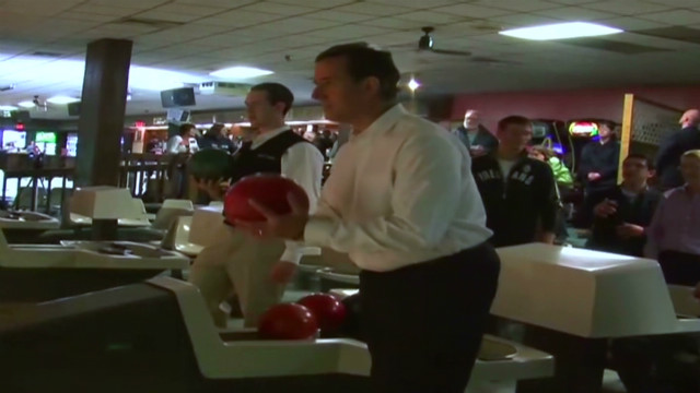 Santorum hits the lanes