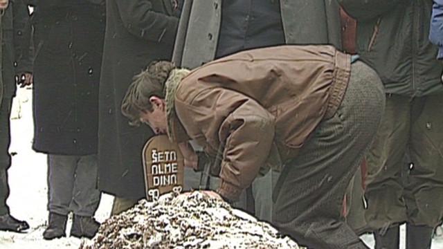 1993: Sarajevo funeral of Almedina