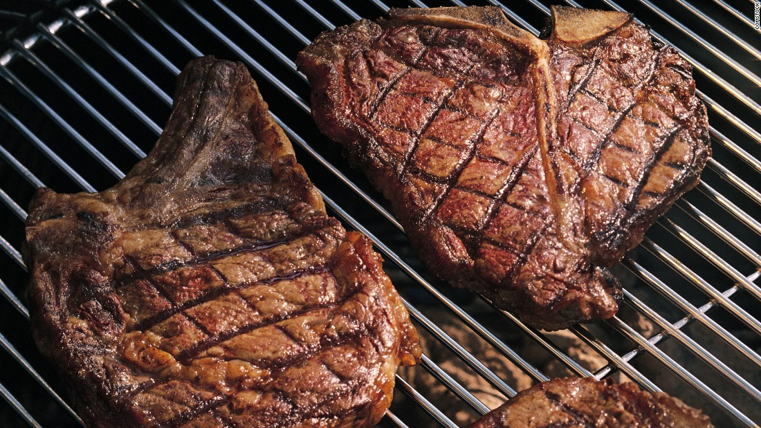 """Some studies have linked eating too much red meat with a <a href=""""http://edition.cnn.com/2012/03/12/health/red-meat-shorten-lifespan/"""">shortened life span</a>.<br />"""