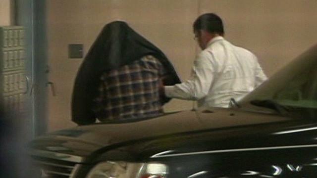 Zimmerman arrives at jail