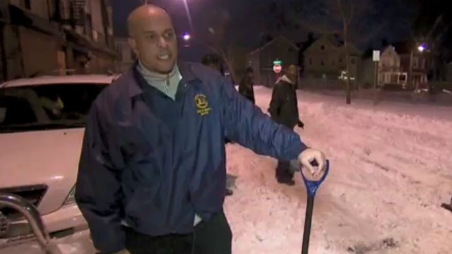 Newark mayor digs out