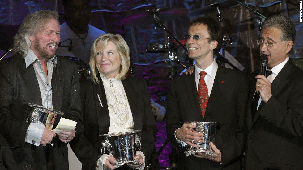 Barry and Robin share the stage with Yvonne Gibb (wife of Maurice, who died in 2003) and BMI CEO Del Bryant at the BMI Pop Awards in Beverly Hills, California, in 2007.