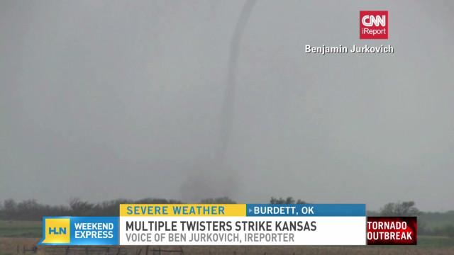iReporter captures tornado touchdown