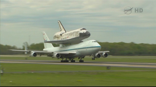 Space shuttle Discovery retires