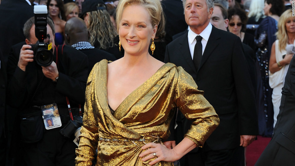 Before she walked off with this year's Oscar for best actress, Meryl Streep walked down the red carpet in an eco-fabric certified gown made by Parisian fashion house Lanvin.