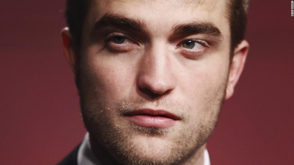 It's Robert Pattinson!
