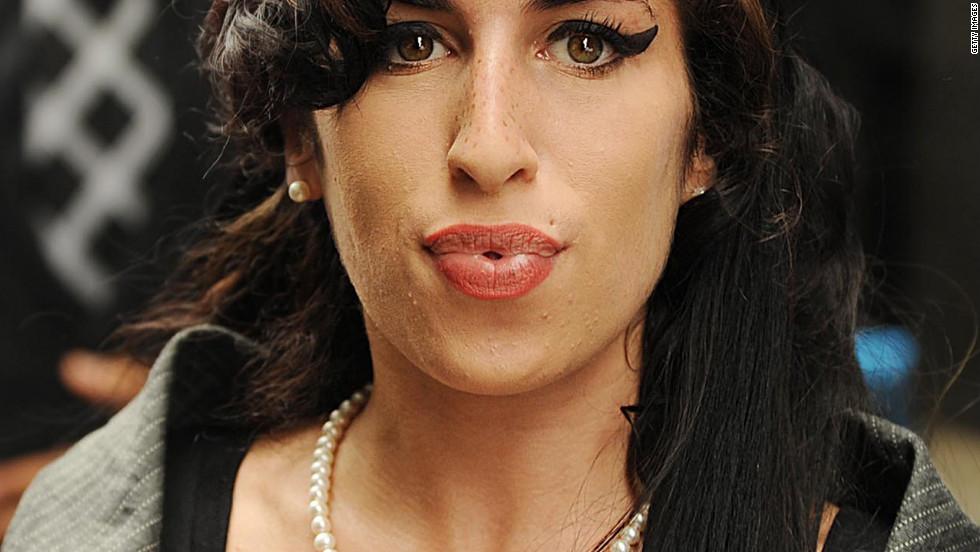 It's Amy Winehouse!