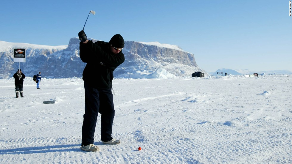 The World Ice Golf Championships takes place in Uummannaq, Greenland in temperatures which plummet to -50 Celsius (-58 Fahrenheit). Set 600 kilometers north of the Arctic circle, players have to cope with freezing glaciers and huge icebergs.