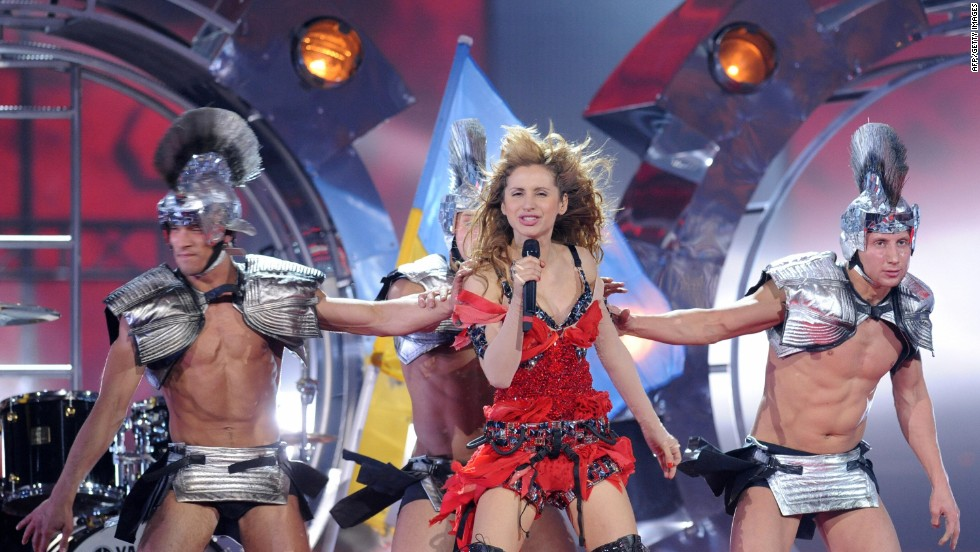 "Ukraine's Svetlana Loboda performs ""Be My Valentine"" in 2009 accompanied by dancers in gladiator costumes."