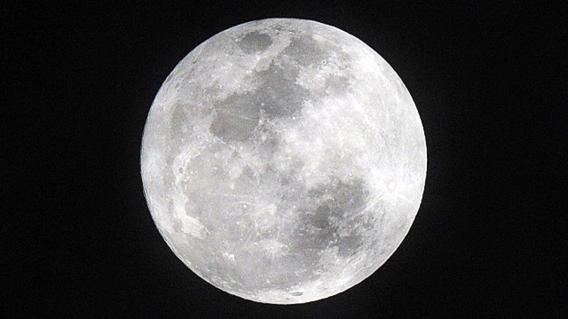 The science behind the 'supermoon'