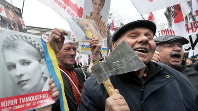 Demonstrators take to the streets of Kiev in March to call for the release of former Prime Minister Yulia Tymoshenko.