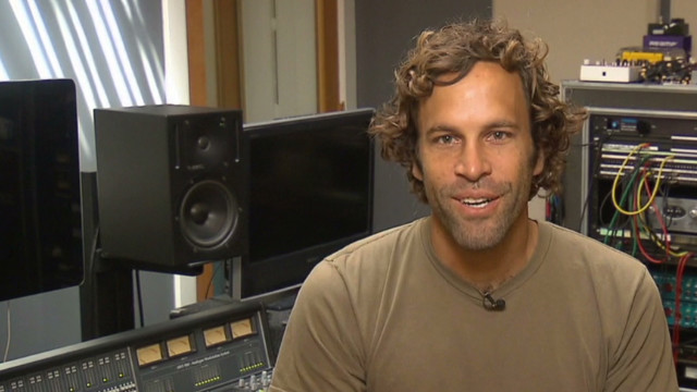 Jack Johnson raises money for schools