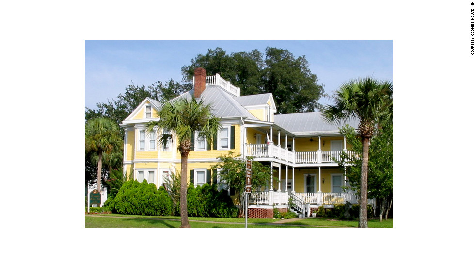 "The 23-room Coombs House Inn is spread across three restored Victorian buildings in Apalachicola, Florida. See more photos of the hotels at <a href=""http://www.budgettravel.com/slideshow/photo-florida-gulf-coast-hotels,8383/"" target=""_blank"">BudgetTravel.com</a>."