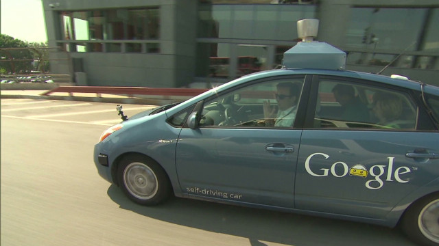 CNN test-drives 'self-driving car'