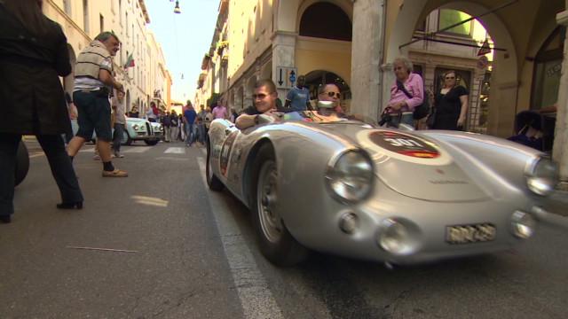 Classic cars in a classic Italian race