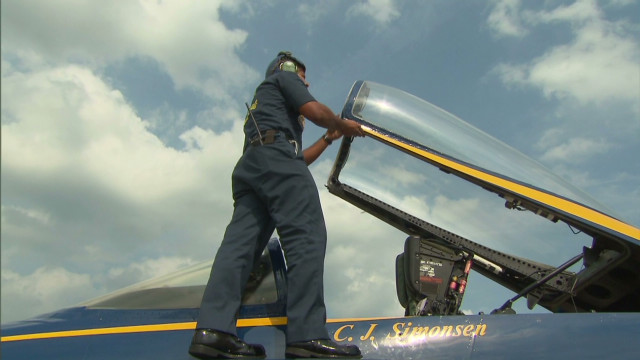 Sailor keeps the Blue Angels flying high