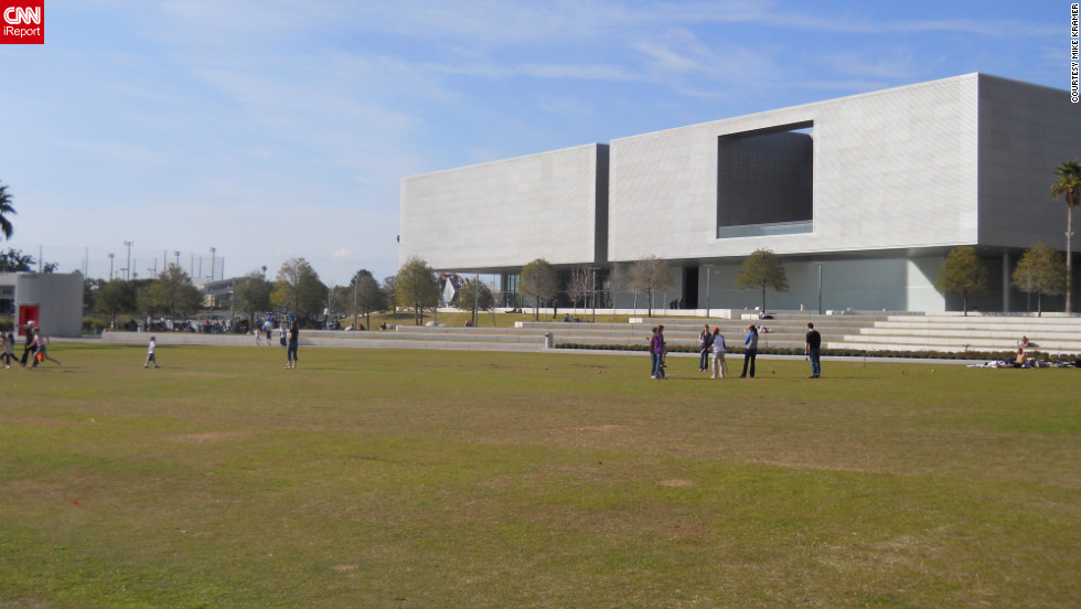 "The <a href=""http://www.tampamuseum.org/"" target=""_blank"">Tampa Museum of Art</a> can also be found along the park's border."