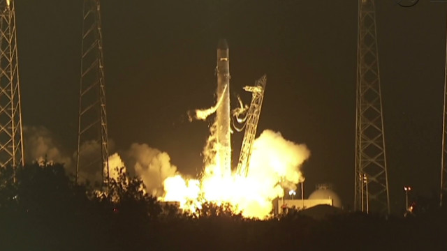 SpaceX blasts off