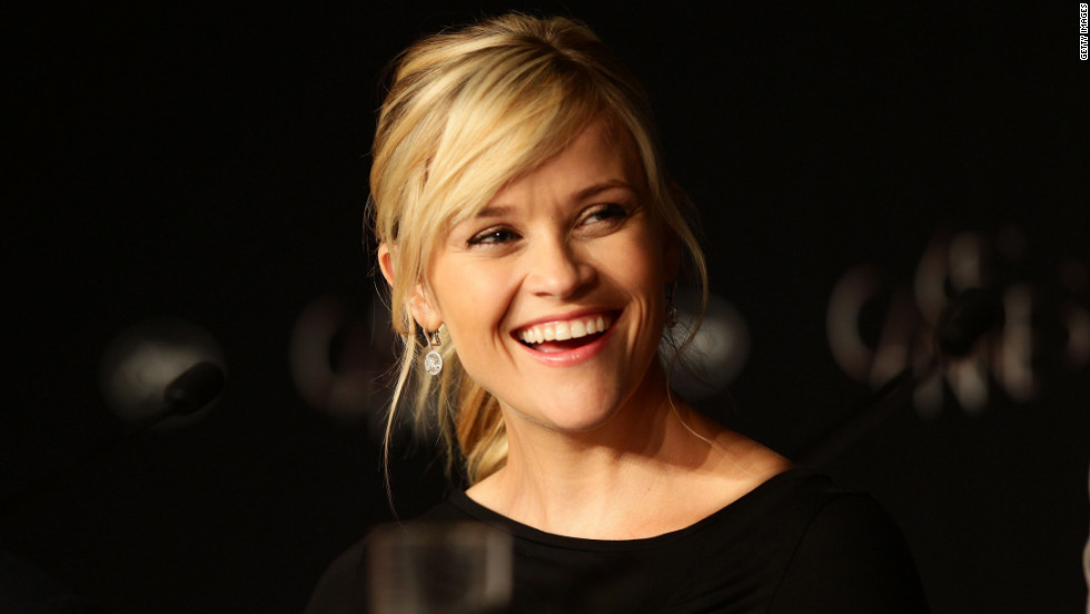 "Actress Reese Witherspoon speaks at the ""Mud"" press conference."