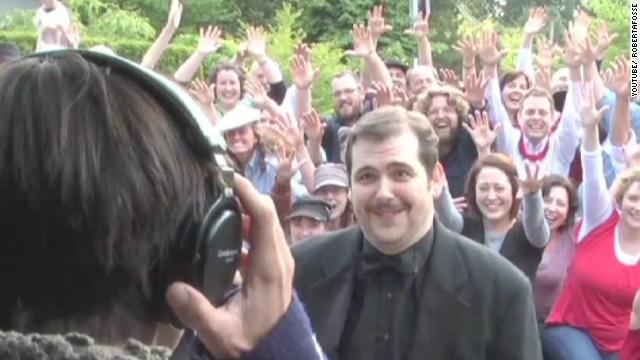 Guy's 'lip dub' proposal goes viral