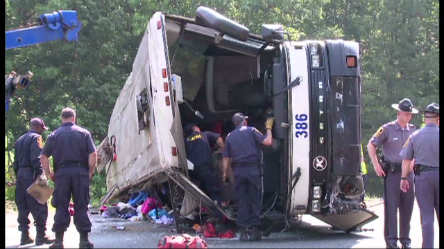 2011: 4 killed, 53 hurt in bus crash