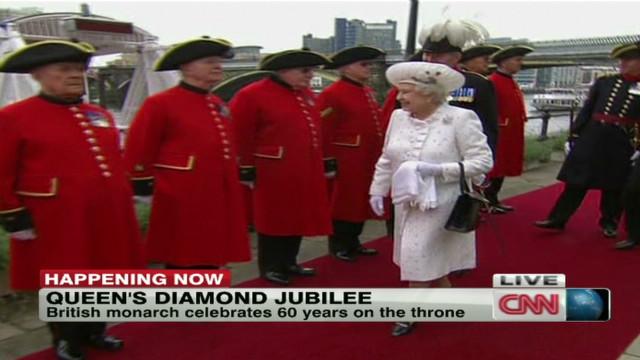 jubilee.queen.arrival_00001305