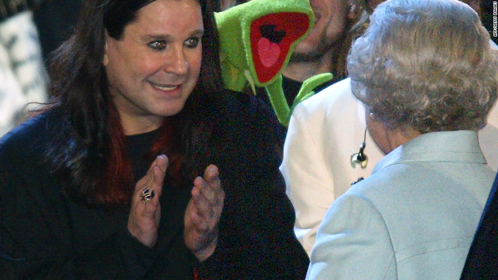 During 'Party at the Palace' in honor of the Queen's 2002 Golden Jubilee celebrations, the queen meets bat-eating Black Sabbath frontman Ozzy Osbourne and bizarrely, Kermit the Frog at the same time. 12,000 people watched a pop concert featuring singers spanning many generations in the garden of Buckingham Palace to celebrate Queen Elizabeth's 50 years on the throne.