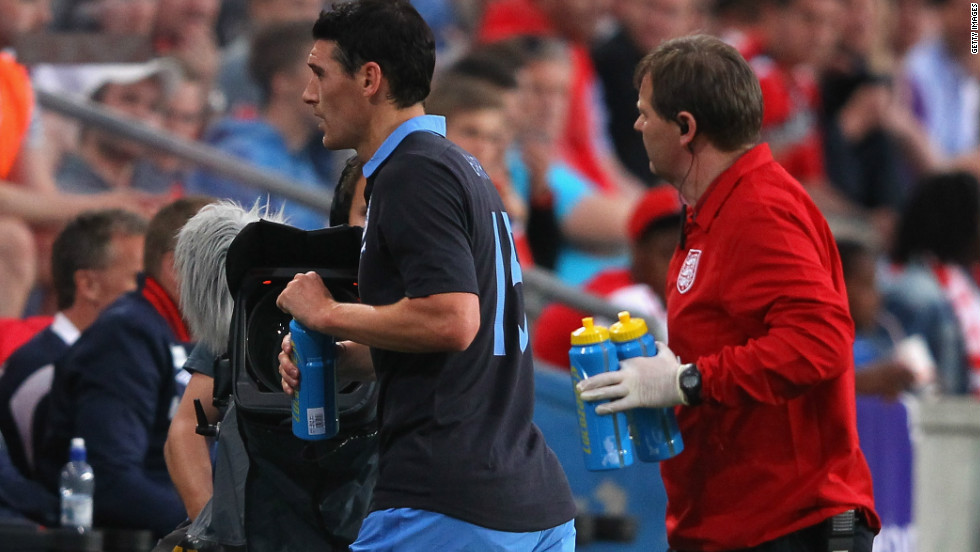 Gareth Barry was the first England player to drop out of Roy Hodgson's England squad for Euro 2012 after injuring his groin in the friendly win over Norway.